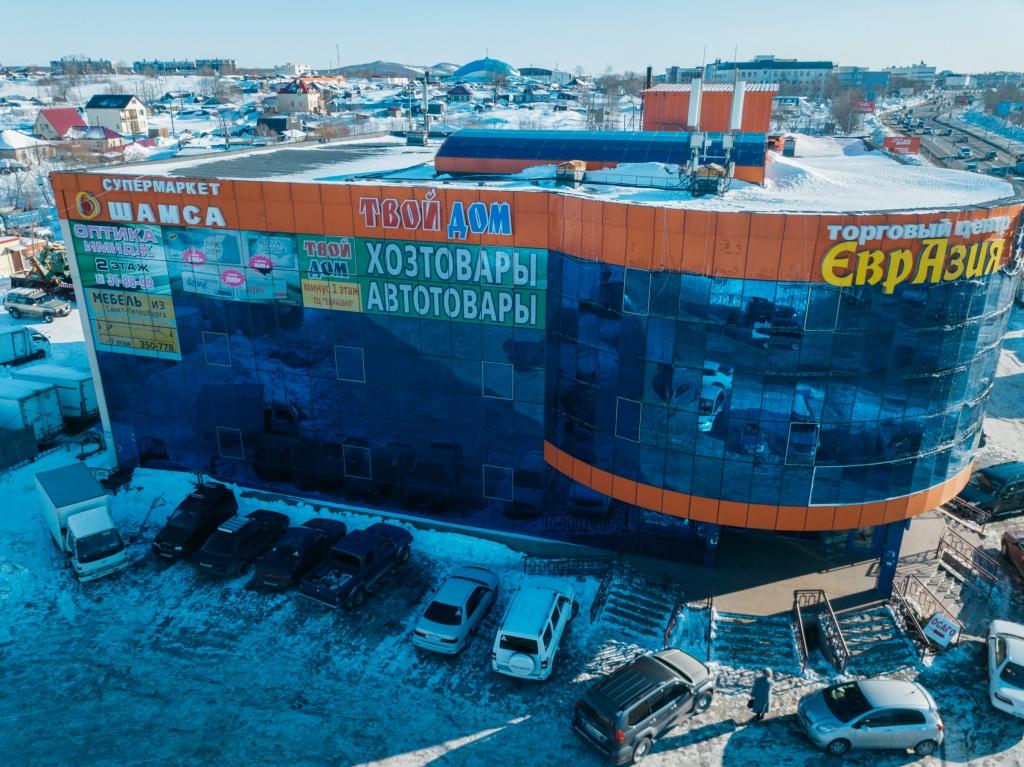 Развитие сети: Супермаркеты на ул. Кавказская и на ул. Ларина, а также алкомаркет «Пробочка» в Елизове